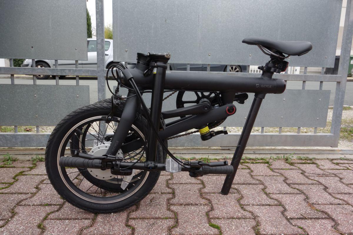 vélo ef1 qicycle plié