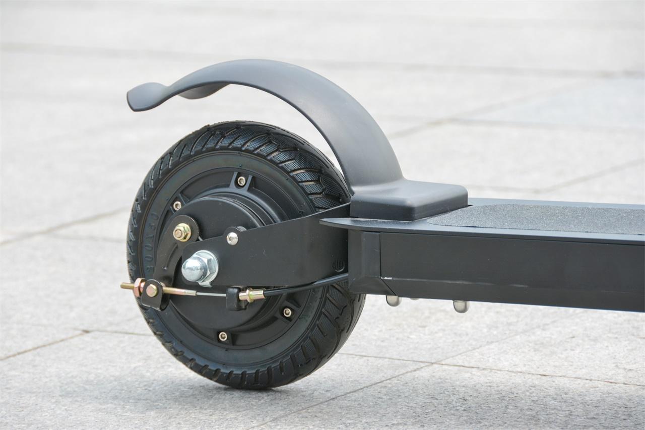 Trottinette PomeIo JL801E roue arrière