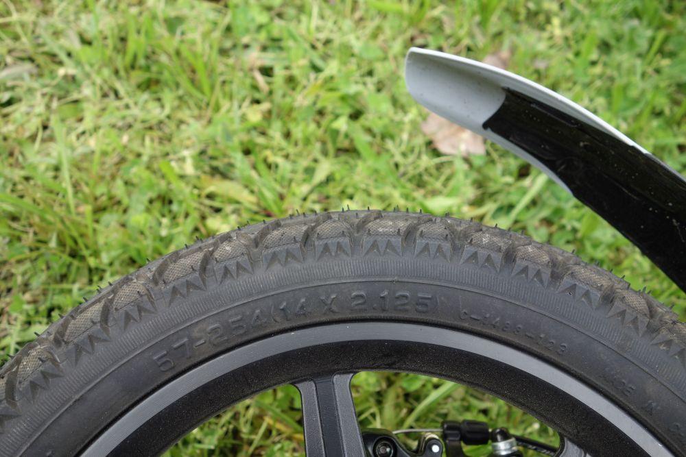 Taille pneu Fiido D1