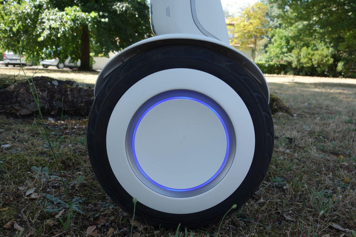Ninebot Mini Plus roue et éclairage